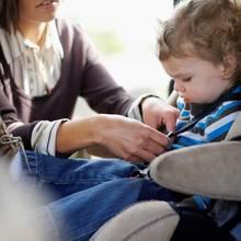 Jak zaplanować podróż samochodem z dzieckiem?