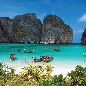 Co warto zwiedzić na wyspach Phi Phi?