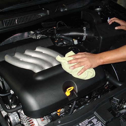 Jak umyć silnik samochodowy?