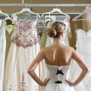 Wybór sukni ślubnej – wskazówki i rady