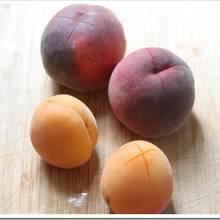 Jak przygotować maseczkę z moreli i brzoskwiń?