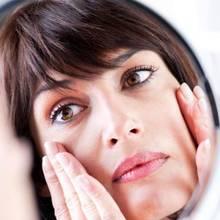 W jaki sposób zapobiegać starzeniu się skóry?