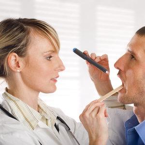Objawy oraz leczenie anginy