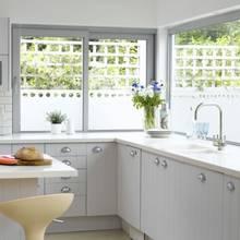 Jak posprzątać w kuchni domowymi środkami?