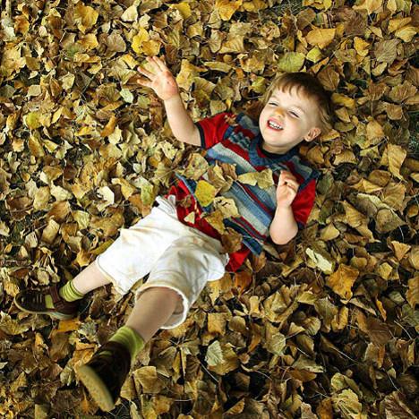 Jak pokazać dziecku piękno jesieni?