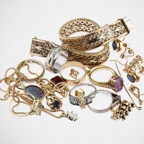 Jak dbać o biżuterię domowymi sposobami?