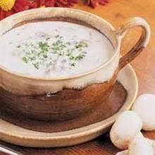 Jak zrobić zabielaną zupę grzybową?