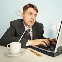W jaki sposób zarabiać przez Internet?
