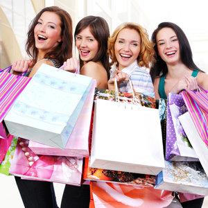 Sklep czy sklep online – co lepsze na zakupy?
