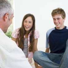 W jaki sposób przekonać rodziców do domówki?