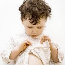 Jak uczyć malucha ubierania się?