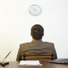 Jak wykorzystać nadmiar czasu w pracy?