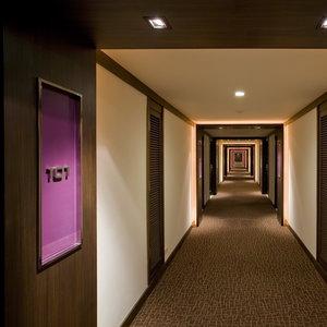 Jak sprawić, by wnętrze korytarza było piękne?