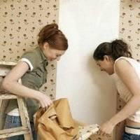 Jak zdjąć starą tapetę ze ściany?