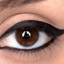 Jak sprawić, że eyeliner nie będzie się rozmazywał?