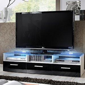 Jak należy czyścić sprzęt RTV i komputerowy?