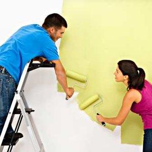 Jak używać narzędzi malarskich – malowanie wałkiem
