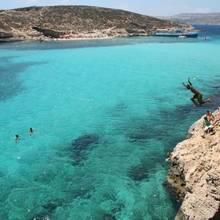 Jakie są najciekawsze plaże na Malcie?
