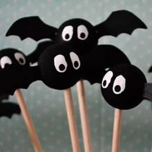 Jak zrobić nietoperze na patykach na Halloween?