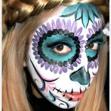 Makijaż na Halloween – Dia de los Muertos