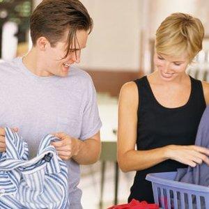 Przygotowanie ubrań do prania