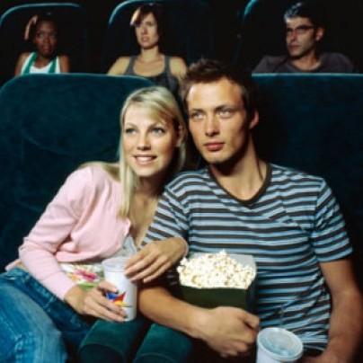 Jak zachować się na randce w kinie?