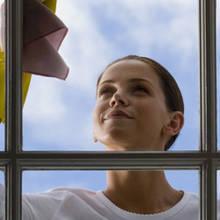 Jak sobie poradzić z myciem okien?