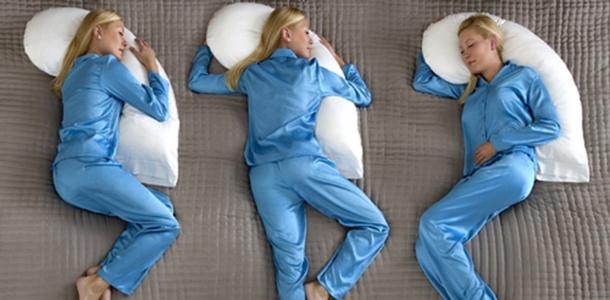 Co pozycja w czasie snu mówi o człowieku?