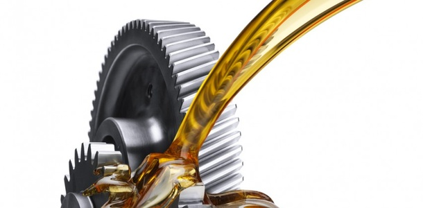 Jak wybrać odpowiedni olej silnikowy i kiedy go wymieniać?
