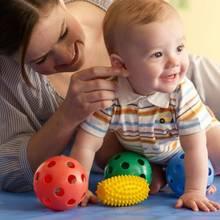 Przegląd ciekawych zabawek i gadżetów dla niemowlaków