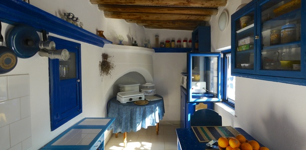 Jak urządzić dom w greckim stylu?