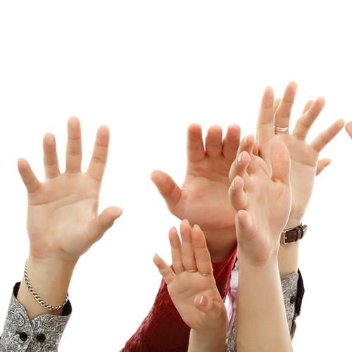 Jak pielęgnować dłonie w lecie?