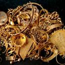 W jaki sposób czyścić złotą biżuterię?