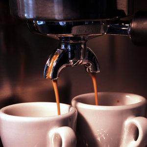 Ekspres do kawy i deski