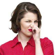 Jak usuwać nieprzyjemne zapachy w domu?