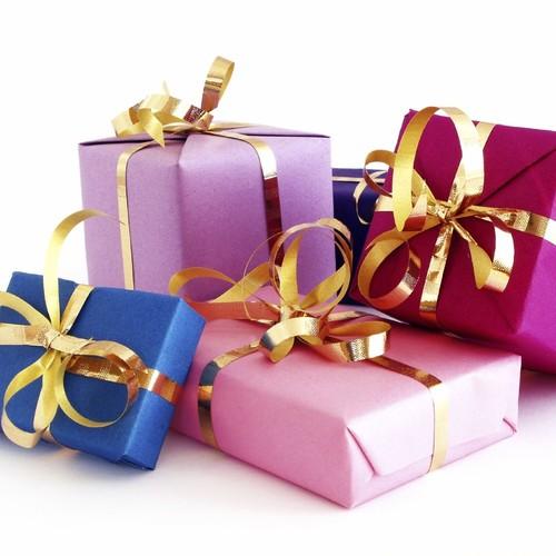 Pomysły na pakowanie prezentów świątecznych