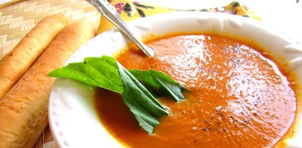 Przepis na kremową zupę pomidorowo-marchewkową