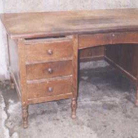 Pięć prostych sposobów na renowację starych mebli