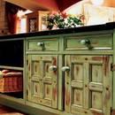 Jak odmienić kuchenne szafki?