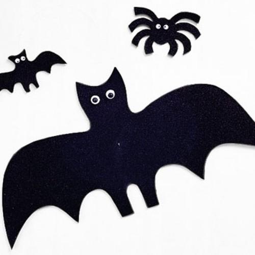 Jak szybko przygotować pająki i nietoperze na Halloween?
