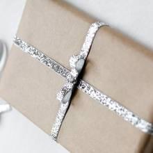 Jak elegancko zapakować prezent?