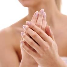 Jak poprawić wygląd zniszczonych dłoni?