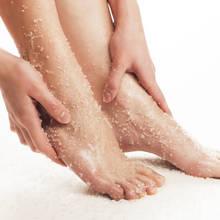 Domowe sposoby na naturalne peelingi do ciała