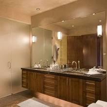 Jak zaaranżować oświetlenie w łazience?