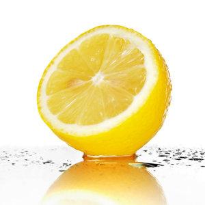 Miód, cytryna i olejek migdałowy