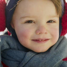 Jak pielęgnować skórę dziecka w czasie zimy?