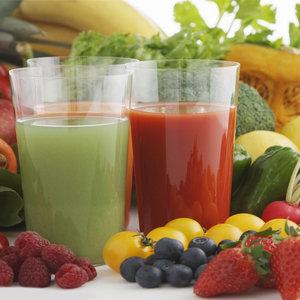 Pij sok warzywny