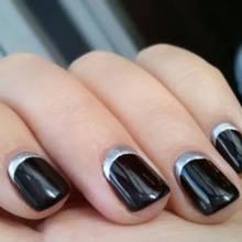Jak wykonać moon manicure?