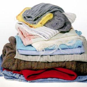 Jak ze starych ubrań zrobić nowe?