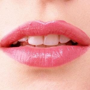 Jak zwiększyć objętość ust domowymi sposobami?